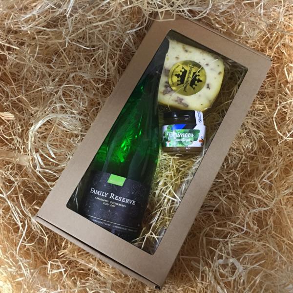 Mamm&Frukt Family Reserve Karusmari kinkepakk eesti vein