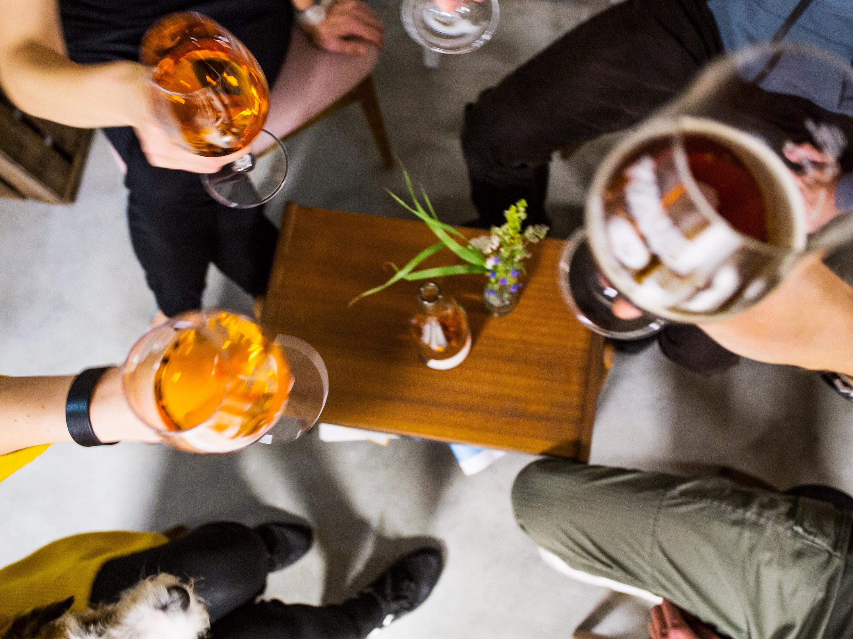 Pärnu kohvikute nädal kohvikuöö_öötöö_kolmekarukaubamaja_pernauserõlu_mamm&frukt pärnu veinimaja 14